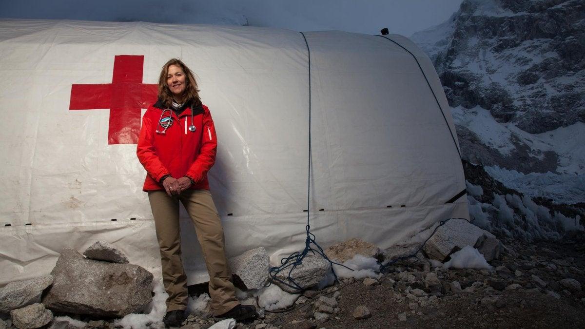 Altitude Illness Guidelines Everest ER