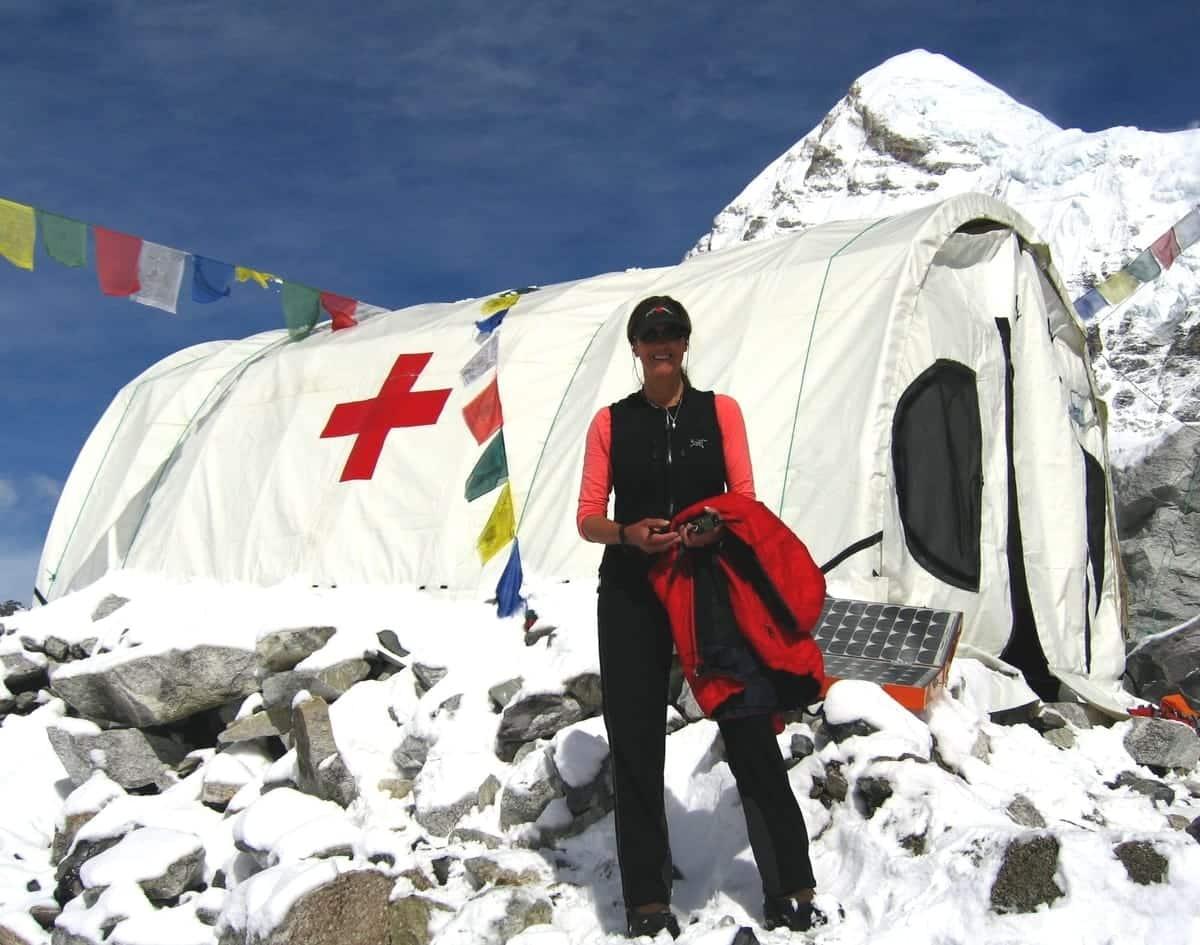 Everest ER Credits